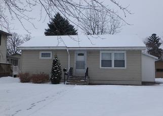 Casa en ejecución hipotecaria in Sauk Rapids, MN, 56379,  RIVER AVE S ID: P1322552