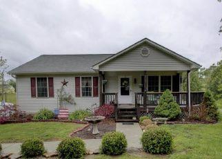 Casa en ejecución hipotecaria in Goodview, VA, 24095,  STEWARTSVILLE RD ID: P1324484