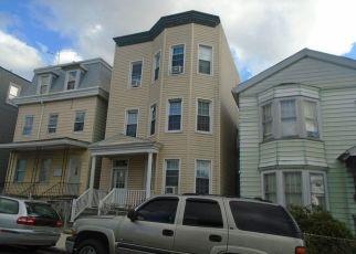 Casa en ejecución hipotecaria in Yonkers, NY, 10701,  ELM ST ID: P1329089