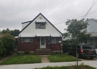 Casa en ejecución hipotecaria in Springfield Gardens, NY, 11413,  WILLIAMSON AVE ID: P1330655