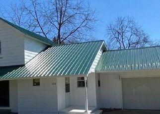 Casa en ejecución hipotecaria in Manton, MI, 49663,  WEST ST ID: P1331020