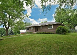 Casa en ejecución hipotecaria in Burnsville, MN, 55337,  SHIRLEY DR ID: P1335330