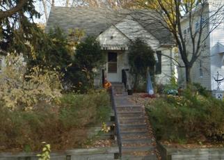 Casa en ejecución hipotecaria in Minneapolis, MN, 55417,  44TH AVE S ID: P1340961
