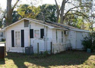 Casa en ejecución hipotecaria in Graceville, FL, 32440,  12TH AVE ID: P1342731