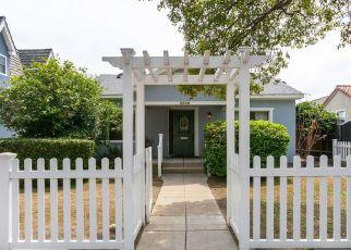 Casa en ejecución hipotecaria in Los Angeles, CA, 90039,  MADERA AVE ID: P1343177