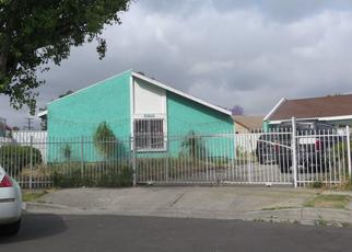 Casa en ejecución hipotecaria in Los Angeles, CA, 90002,  HOLMES AVE ID: P1343349