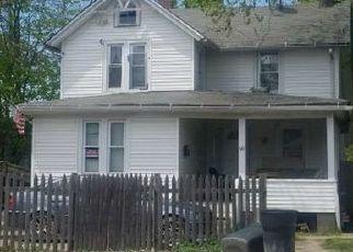 Casa en ejecución hipotecaria in Bay Shore, NY, 11706,  BROOK ST ID: P1346997
