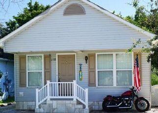 Casa en ejecución hipotecaria in Naples, FL, 34104,  LEAWOOD CIR ID: P1350008