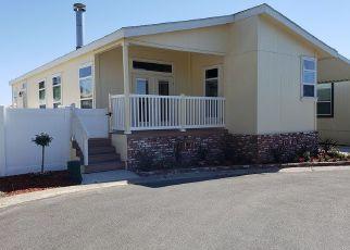 Casa en ejecución hipotecaria in Fullerton, CA, 92835,  ROLLING HILLS DR SPC 157 ID: P1350203
