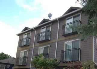 Casa en ejecución hipotecaria in Seattle, WA, 98106,  17TH AVE SW ID: P1351076