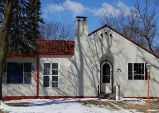 Casa en ejecución hipotecaria in Waseca, MN, 56093,  11TH ST SE ID: P1353966