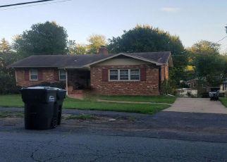 Casa en ejecución hipotecaria in Annandale, VA, 22003,  TRAMMELL RD ID: P1356318