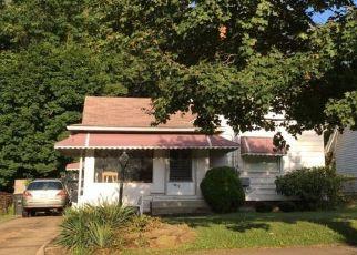 Casa en ejecución hipotecaria in Akron, OH, 44320,  MERCER AVE ID: P1357107