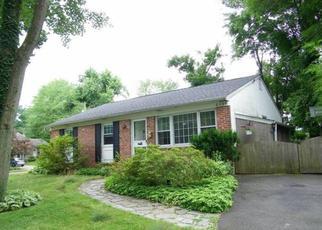 Casa en ejecución hipotecaria in Hatboro, PA, 19040,  PARKSIDE AVE ID: P1358104