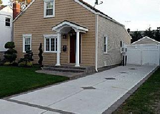 Casa en ejecución hipotecaria in Valley Stream, NY, 11581,  SHINE PL ID: P1358828