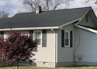 Foreclosure Home in New Castle, DE, 19720,  MINQUADALE BLVD ID: P1359100