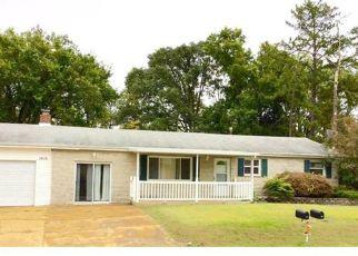 Casa en ejecución hipotecaria in High Ridge, MO, 63049,  DEBBIE DR ID: P1359279