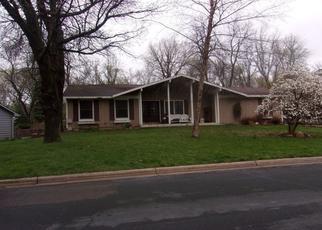 Casa en ejecución hipotecaria in Burnsville, MN, 55337,  THOREAU DR ID: P1359418