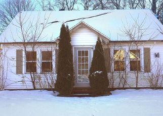 Casa en ejecución hipotecaria in Gloversville, NY, 12078,  2ND AVE ID: P1362100