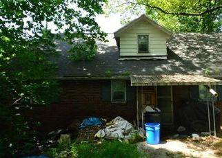 Casa en ejecución hipotecaria in Walnutport, PA, 18088,  MAPLE DR ID: P1371040