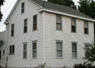Casa en ejecución hipotecaria in Waterford, NY, 12188,  3RD ST ID: P1373559