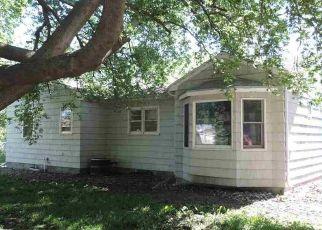 Casa en ejecución hipotecaria in Yankton, SD, 57078,  PEARL ST ID: P1374186