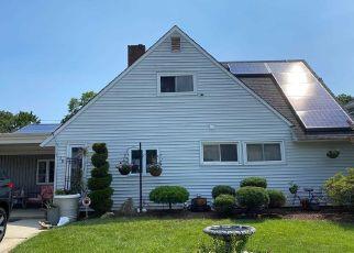 Casa en ejecución hipotecaria in Hicksville, NY, 11801,  PETAL LN ID: P1375884