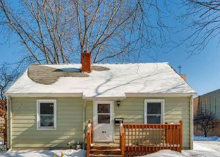 Casa en ejecución hipotecaria in Minneapolis, MN, 55421,  QUINCY ST NE ID: P1376720