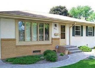 Casa en ejecución hipotecaria in Minneapolis, MN, 55421,  MONROE ST NE ID: P1376722