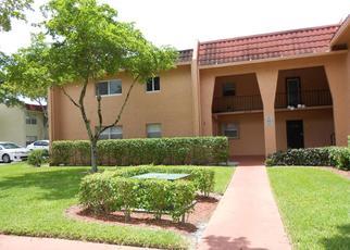 Casa en ejecución hipotecaria in West Palm Beach, FL, 33411,  LAKE FRANCES DR ID: P1378226
