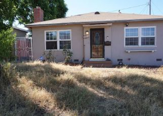 Casa en ejecución hipotecaria in Glendale, CA, 91203,  FAIRCOURT LN ID: P1378865
