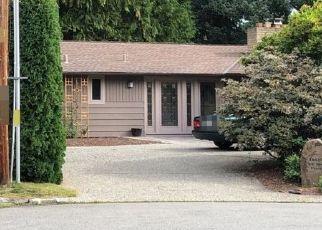 Casa en ejecución hipotecaria in Bellevue, WA, 98008,  NE 2ND PL ID: P1379467