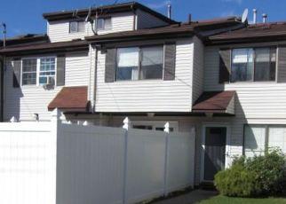 Casa en ejecución hipotecaria in Staten Island, NY, 10312,  PRATT CT ID: P1383955