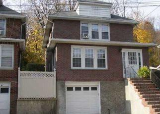 Casa en ejecución hipotecaria in Staten Island, NY, 10304,  VAN DUZER ST ID: P1383957