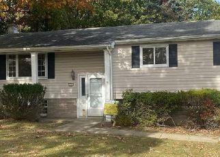 Casa en ejecución hipotecaria in Clarks Summit, PA, 18411,  MEADOW LN ID: P1384878