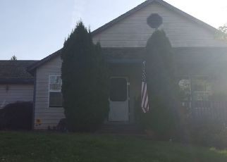 Foreclosure Home in Estacada, OR, 97023,  NE EDGEHILL DR ID: P1385057