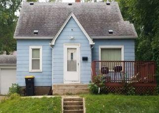 Casa en ejecución hipotecaria in Shakopee, MN, 55379,  5TH AVE E ID: P1386714