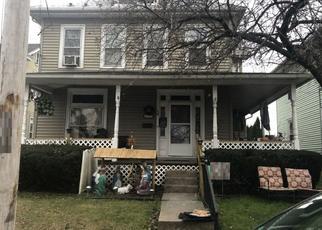 Casa en ejecución hipotecaria in New Holland, PA, 17557,  E JACKSON ST ID: P1388002