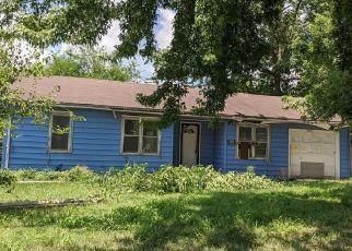 Foreclosure Home in Topeka, KS, 66605,  SE MICHIGAN AVE ID: P1388745