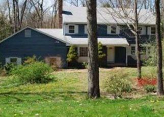 Casa en ejecución hipotecaria in Simsbury, CT, 06070,  WINDHAM DR ID: P1389865