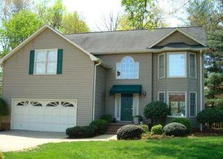 Casa en ejecución hipotecaria in Greenville, SC, 29607,  FORRESTER CREEK WAY ID: P1390098