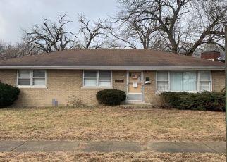 Casa en ejecución hipotecaria in Dolton, IL, 60419,  SANDERSON AVE ID: P1395050