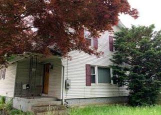 Casa en ejecución hipotecaria in New Britain, CT, 06053,  CLINTON ST ID: P1395524
