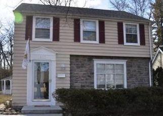 Casa en ejecución hipotecaria in Milwaukee, WI, 53209,  N 33RD ST ID: P1396430