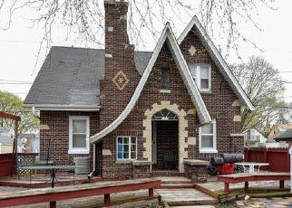 Casa en ejecución hipotecaria in Milwaukee, WI, 53209,  N 25TH ST ID: P1396447
