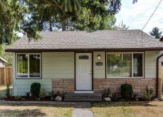 Casa en ejecución hipotecaria in Seattle, WA, 98168,  37TH AVE S ID: P1396709