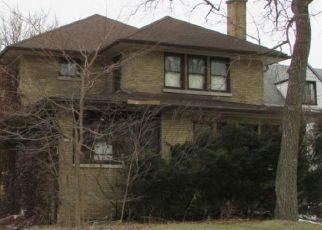 Casa en ejecución hipotecaria in River Forest, IL, 60305,  MONROE AVE ID: P1398547