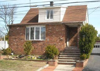Casa en ejecución hipotecaria in Staten Island, NY, 10307,  YETMAN AVE ID: P1398682
