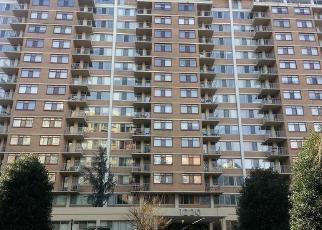 Casa en ejecución hipotecaria in Silver Spring, MD, 20910,  BLAIR MILL RD ID: P1400437