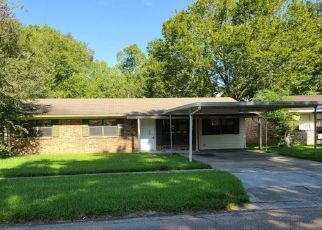 Foreclosure Home in Baton Rouge, LA, 70810,  MEADOWBROOK AVE ID: P1401295